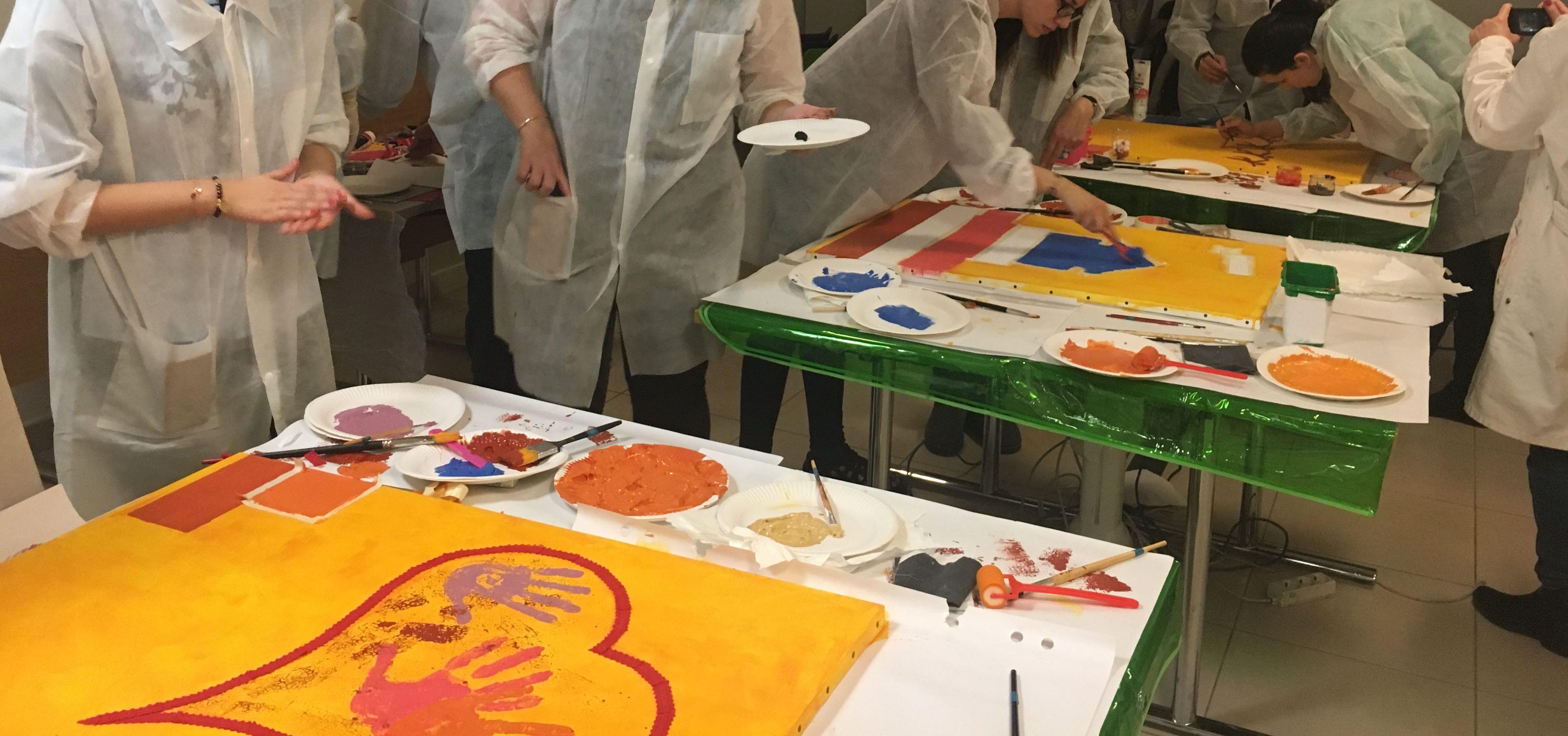 atelier artistique fresque en entreprise oeuvre collective team building