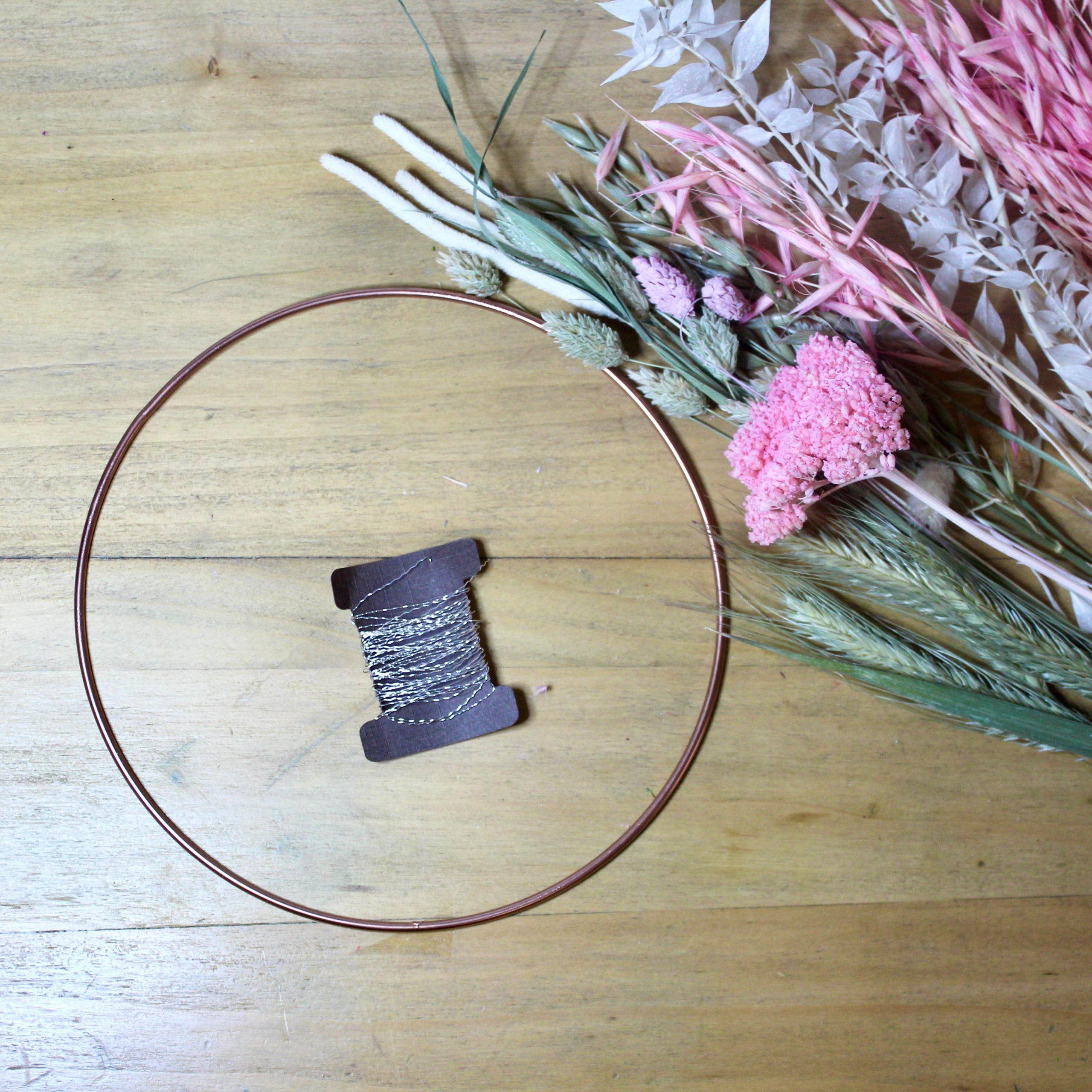 fournitures KIT DIY pour couronne de fleurs séchées