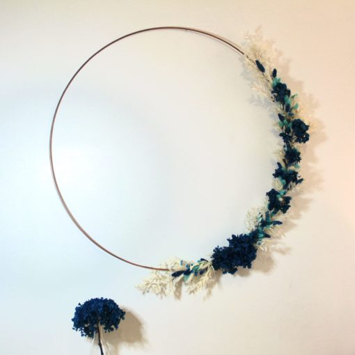 Cerceau fleurs séchées camaieu bleu