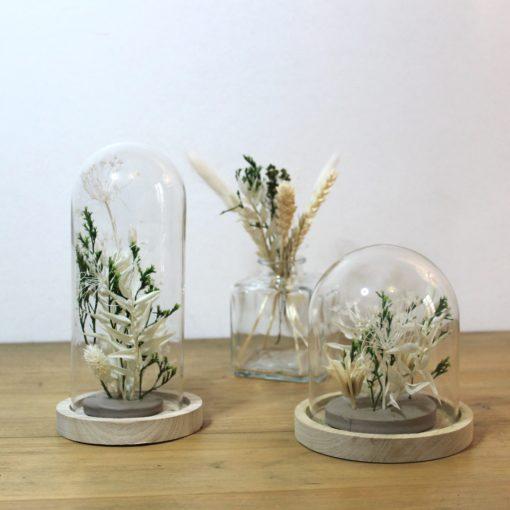 cloche de fleurs séchées blanc vert
