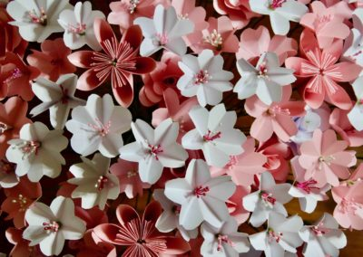 Bouquet de fleurs en origami cerisier kusudama rose